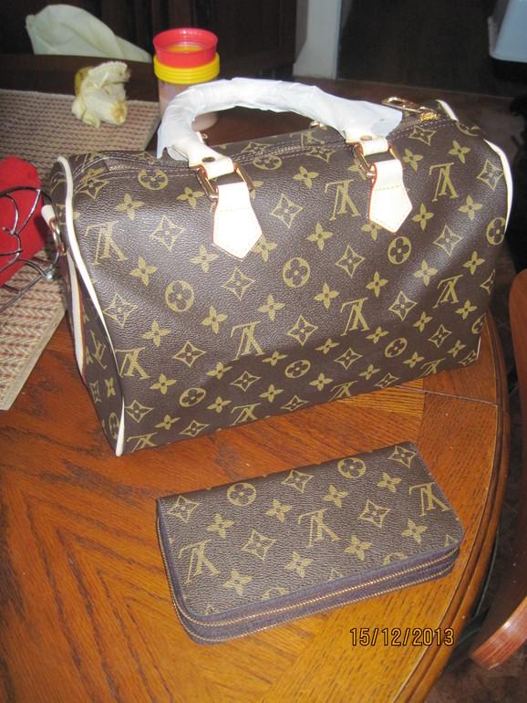 женский кожаный рюкзак луи витон - Сумки