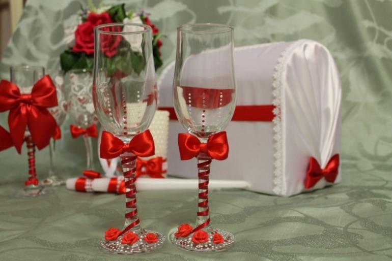 Фото бокалы свадебные своими руками