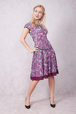 Платье  раз  48-50    900  руб