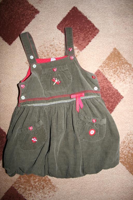 Вельветовый  сарафан  на  девочку  3-4  года  Mariguita  104размера