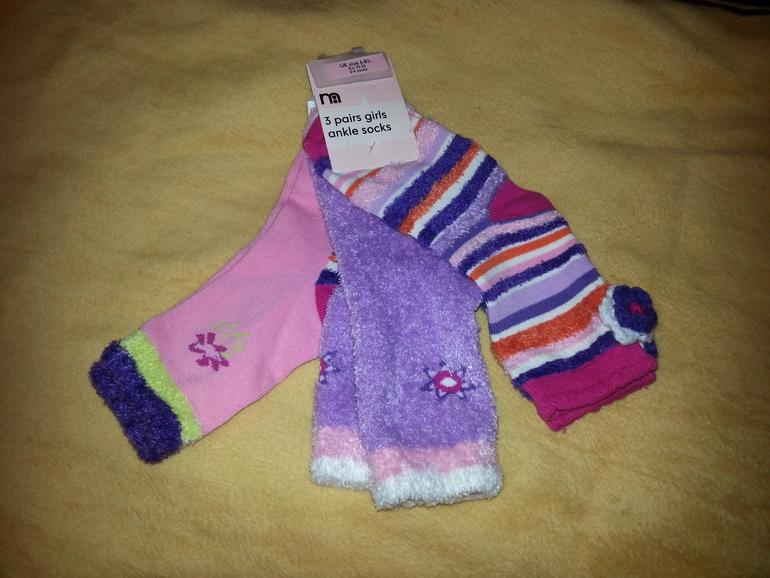 Новые  носочки  для  девочек  Mothercare