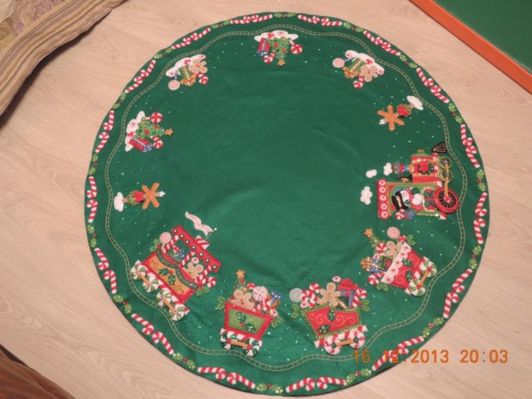 Вышивка крестом юбка под ёлку
