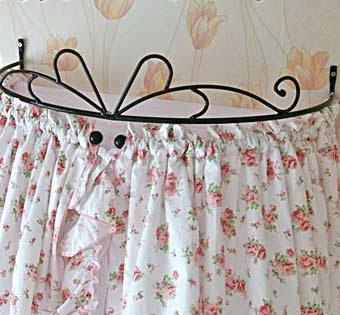 Кровать из балясин
