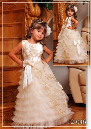 Платье  на  Новый  Год  для  маленькой  принцессы