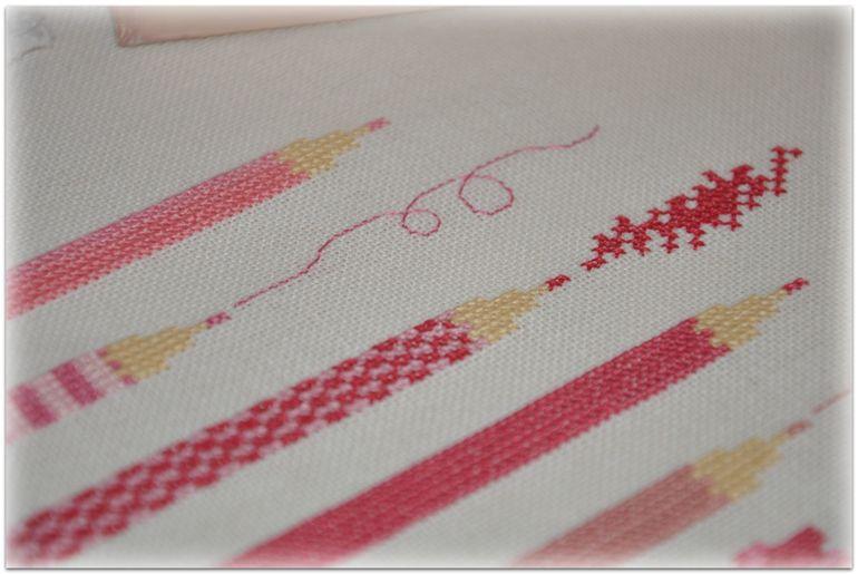 Чем отстирать простой карандаш с вышивки 4
