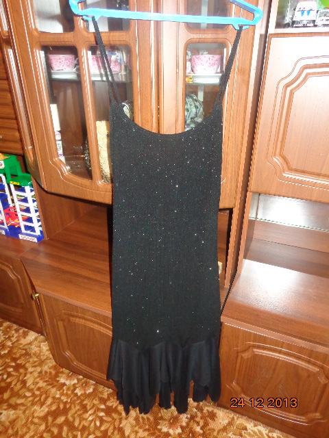 Платье р. 46-48-50 очень красивое