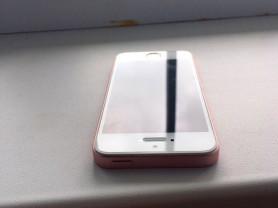 iPhone se 64 gb Розовое золото