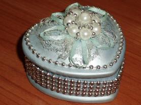 Шкатулка с бусинами  керамика 7х4 см