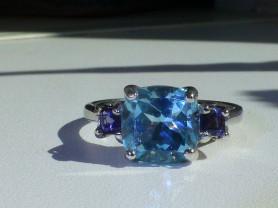 кольцо перстень серебро 925* с топазом и иолитами