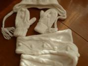 Комплект шапка-шарф-варежки на маленькую принцессу
