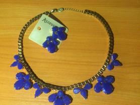 Ожерелье и серьги гвоздики