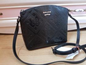 Новая кожаная сумка Италия оригинал черная