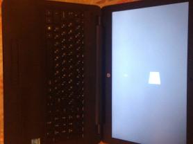 ноутбук HP 15-ay070ur