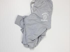 Новые спортивные штаны без бумажной этикетки