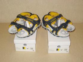 Босоножки для близнецов/двойняшек размер - 33