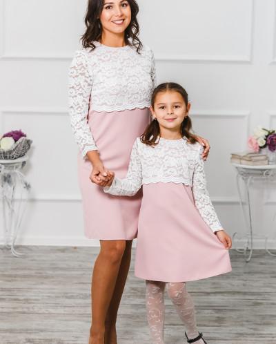 """Платье женское с кружевной кокеткой """"Мелания""""  нежно-розовое"""