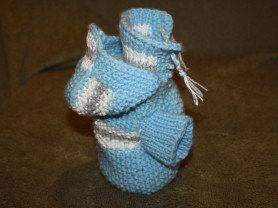 Свитер для собаки со шнуровкой и капюшоном