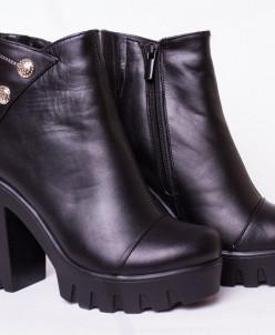 Ботинки из натуральной черной кожи №329