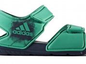 Новые пляжные сандалии Adidas, 32 размер