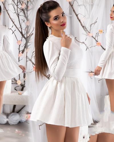 Белое платье с пышной юбкой фото