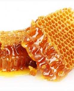 Алтайский мёд в сотах