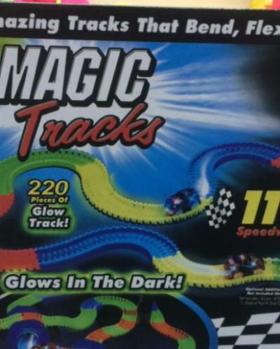 светящаяся Гоночная трасса Magic Tracks 220  1шт