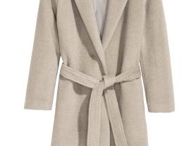 продам пальто новое!