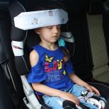 Фиксатор для головы ребенка в автокресле  Овечки в облаках