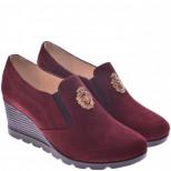 Женские замшевые туфли на танкетке