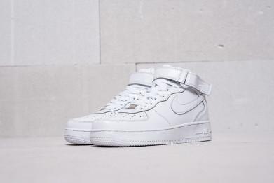 Кроссовки Nike Air Force 1  реплика