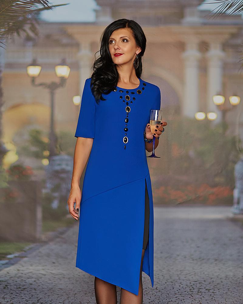 Нарядное синее платье для женщины