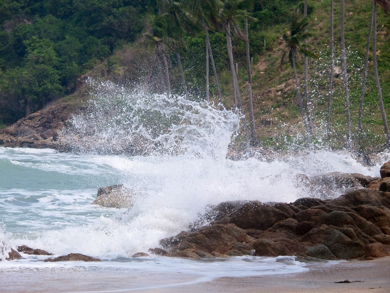 Секретный пляж . Самронг.