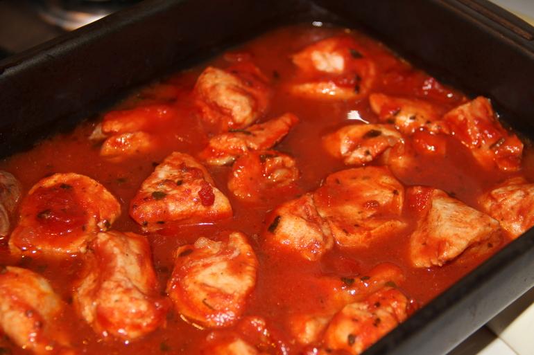 Индейка в томатном соусе!