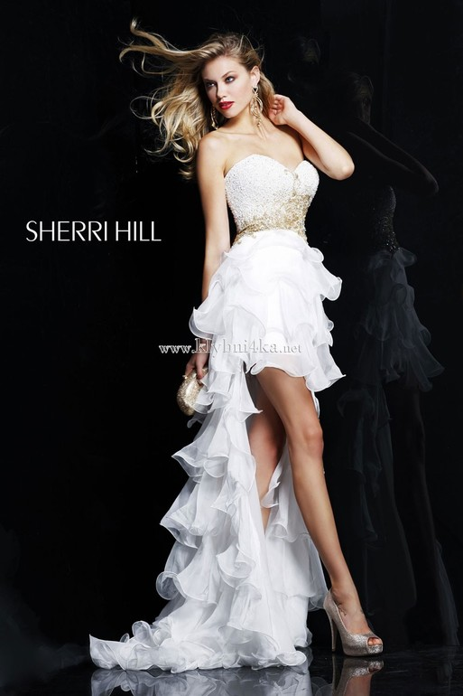 Великолепное  платье  SHERRI  HILL  (оригинал)  Размер  42-44  б/у,  в  хорошем  состоянии