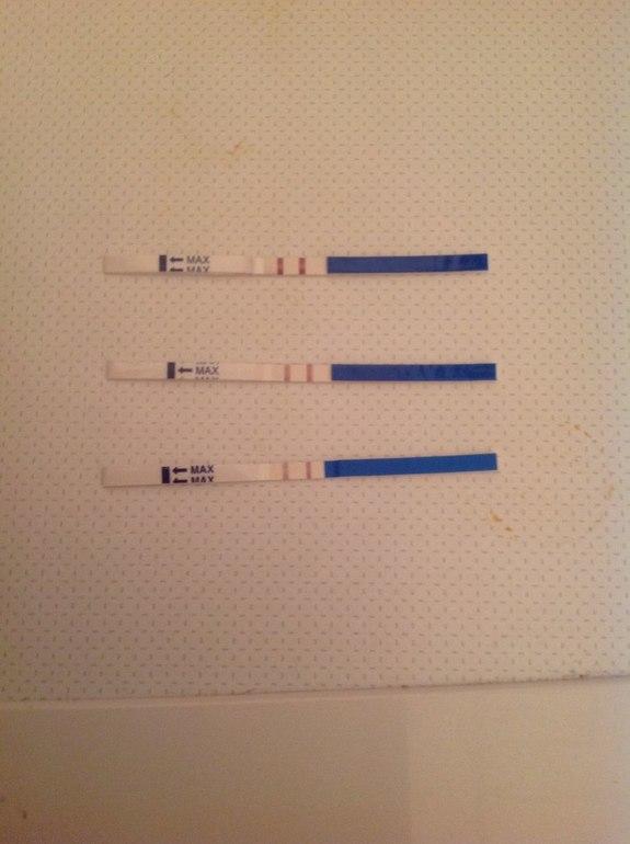 Принцип действия экспресс-анализа основан на определении в крови количества гормона хгч (хорионический гонадотропин человека).