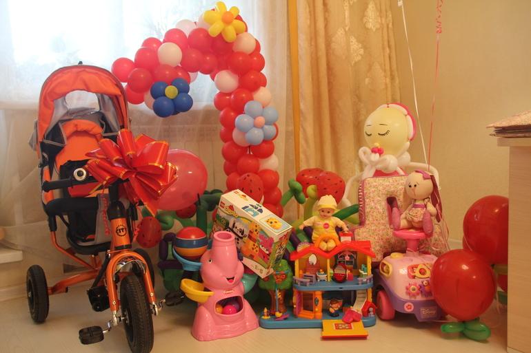 Подарок на день рождения ребенку на 1 год 37