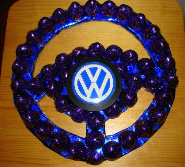 Видео руль из конфет своими руками