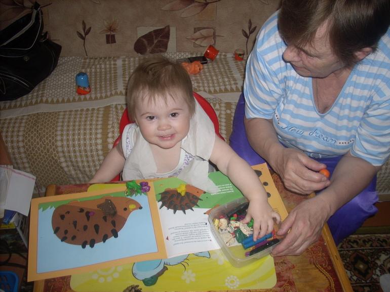 Один день из жизни Алисы (1 год и 7 месяцев)