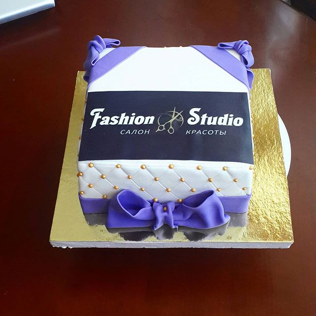 Фото тортов на открытие салонов красоты