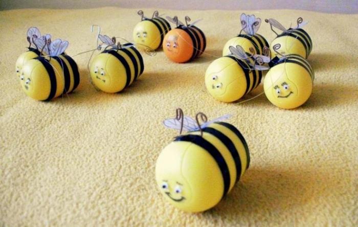 Пчелки из киндеров фото