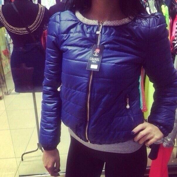 Куртки Chanel осень-весна и др в наличии и на заказ 2100-2200 ... 7728a266e62