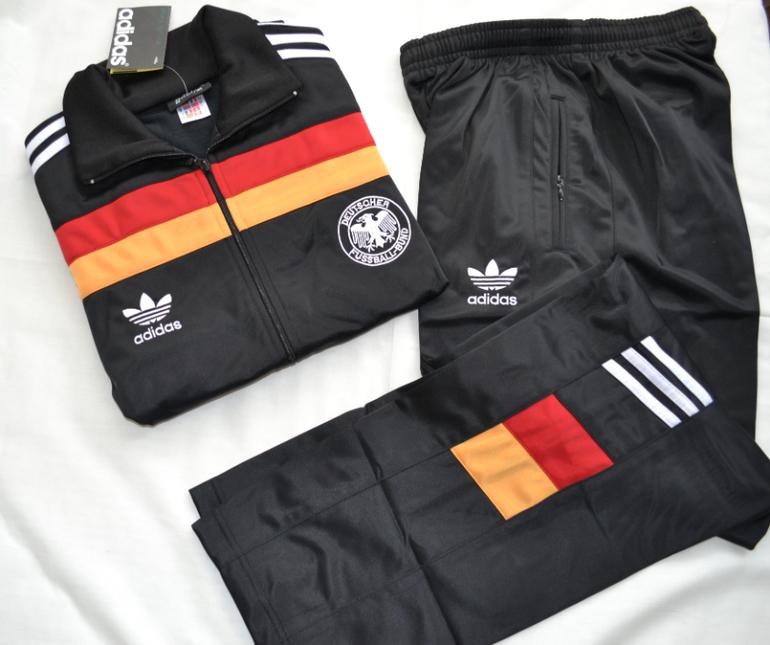 da78d52d Спортивные костюмы фирмы