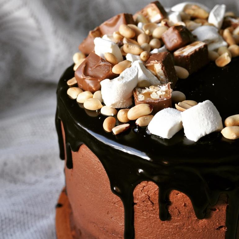 Фото украшения торта маршмеллоу