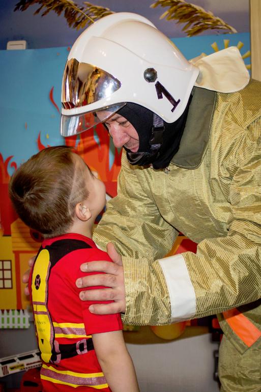 Как сделать каску пожарных 962