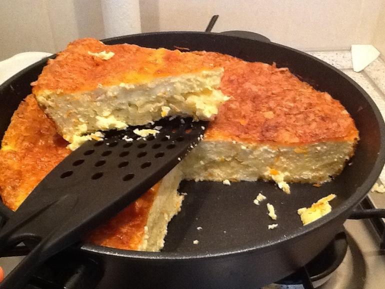 Рецепт пирога с сыром и чесноком