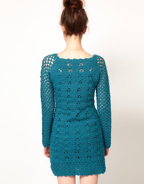 Вязаное зимнее платье крючком и