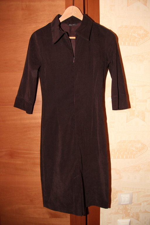 Много  женской  одежды  б/у  в  отличном  состоянии