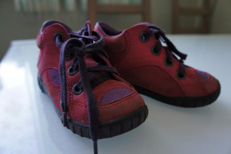 Ecco ботиночки 23 р-р 700р