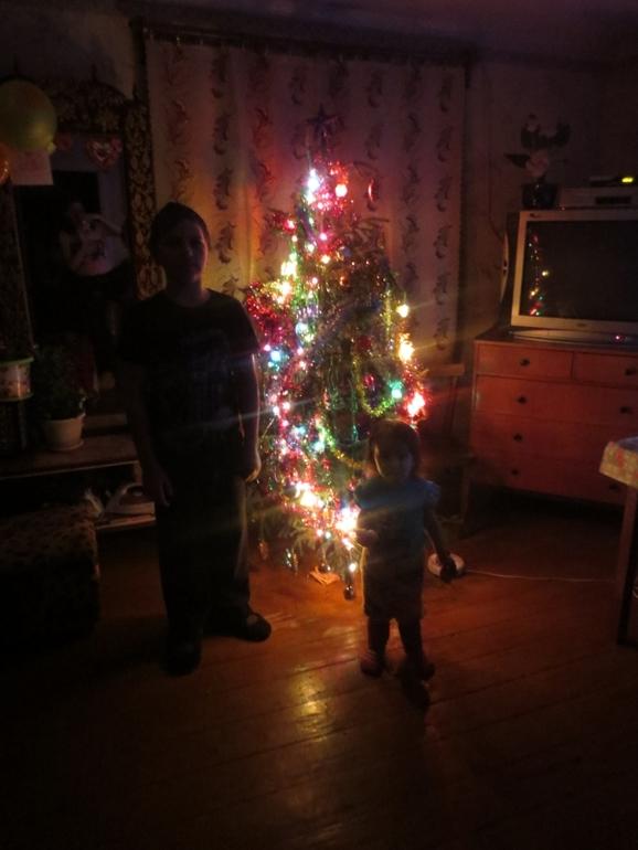 Сын накачал мать снатворным и всунул ей врот член и кончил 15 фотография
