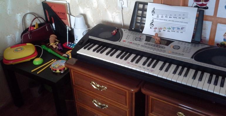Музыкальный уголок дома